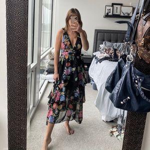 Topshop floral dress- perfect wedding guest dress!